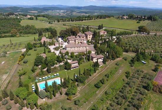 20 Bedroom Villa in Borgo Bio, Siena, 4