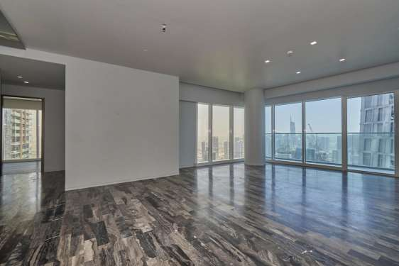 3 Bedroom Apartment in Damac Heights, Dubai Marina, 1