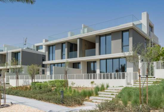 Beautiful 3-Bed Home in Club Villas at Dubai Hills for Sale