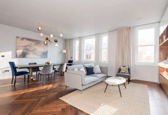4 Bedroom Apartment in Harrington Gardens, Kensington and Chelsea, 6