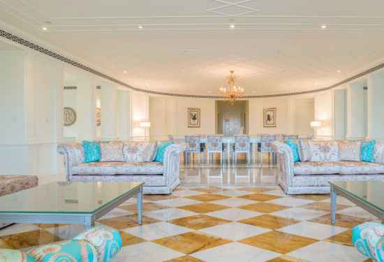 4 Bedroom Penthouse in Palazzo Versace, Culture Village, Dubai