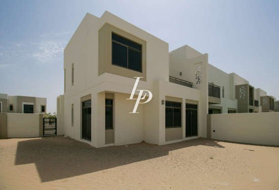 4 Bedroom Townhouse in Noor Townhouse, Town Square, 1