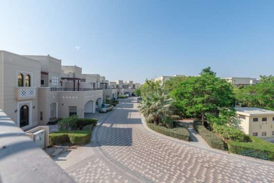 4 Bedroom Townhouse in Naseem, Mudon, 1