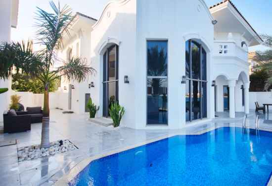 4 Bedroom Villa in Garden Homes, Palm Jumeirah, Dubai