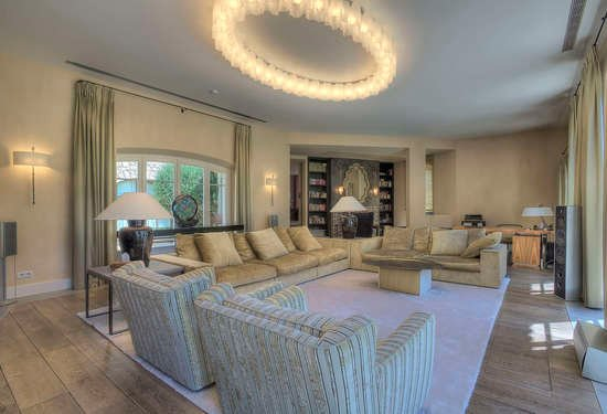 4 Bedroom Villa in Mougins, French Riviera, 15