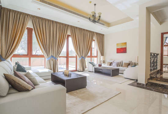 4 Bedroom Villa in Orange Lake, Jumeirah Golf Estates, 1
