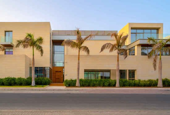 6 Bedroom Villa in Signature Villas, Palm Jumeirah, Dubai