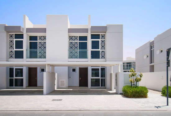 5 Bedroom Townhouse in Arabella Townhouses, Mudon, 1