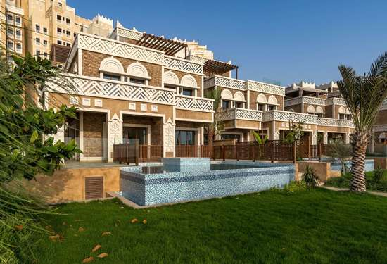5 Bedroom Villa in Balqis Residence, Palm Jumeirah, 1