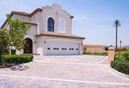 5 Bedroom Villa in Orange Lake, Jumeirah Golf Estates, Dubai
