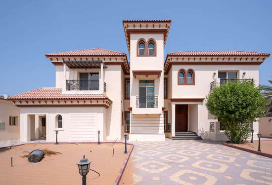 5 Bedroom Villa in Umm Al Sheif, Jumeirah, 1