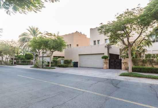 7 Bedroom Villa In Hattan 3 for Sale, The Lakes, Dubai