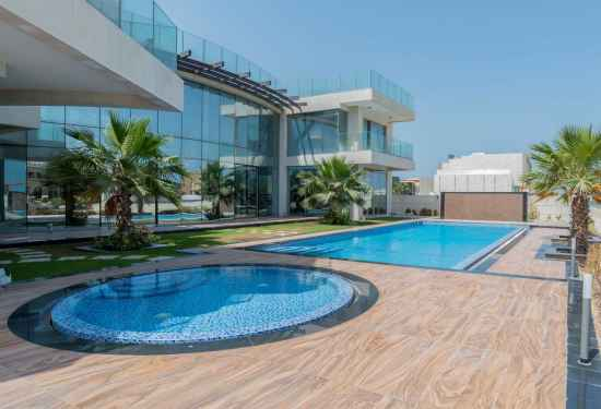 7 Bedroom Villa in Signature Villas, Palm Jumeirah, Dubai
