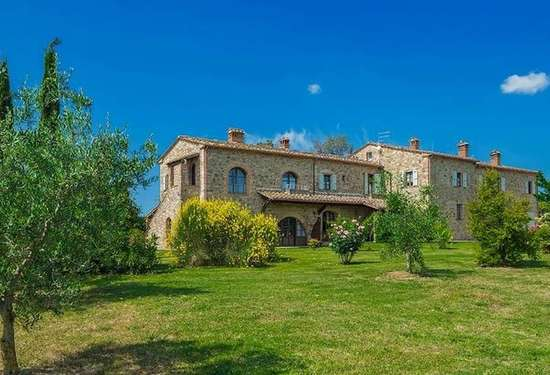 7 Bedroom Villa in Villa Quercia, Chianni, 4