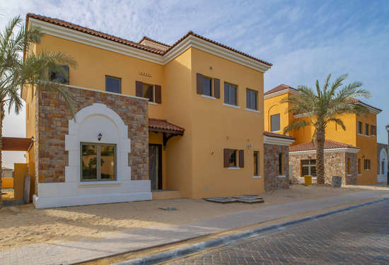 Luxury Property Dubai 4 Bedroom Villa for sale in Whispering Pines Jumeirah Golf Estates1