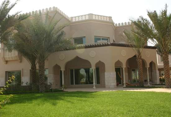 Luxury Property Dubai 6 Bedroom Villa for sale in Sector HT Emirates Hills3