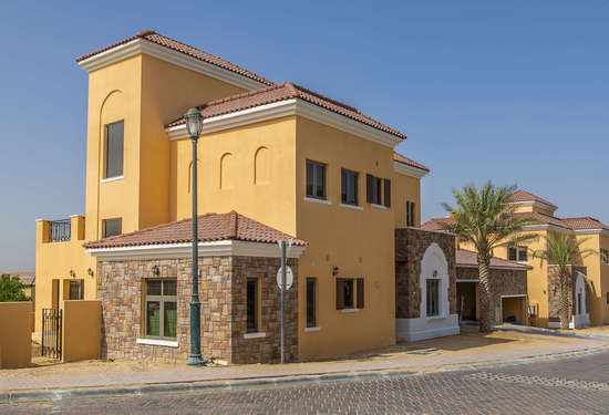 4 Bedroom Villa in Whispering Pines, Jumeirah Golf Estates, 1