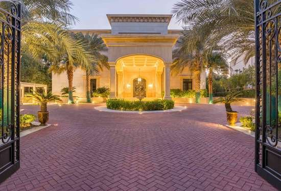 Luxury Property Dubai 8 Bedroom Villa for sale in Sector R Emirates Hills3